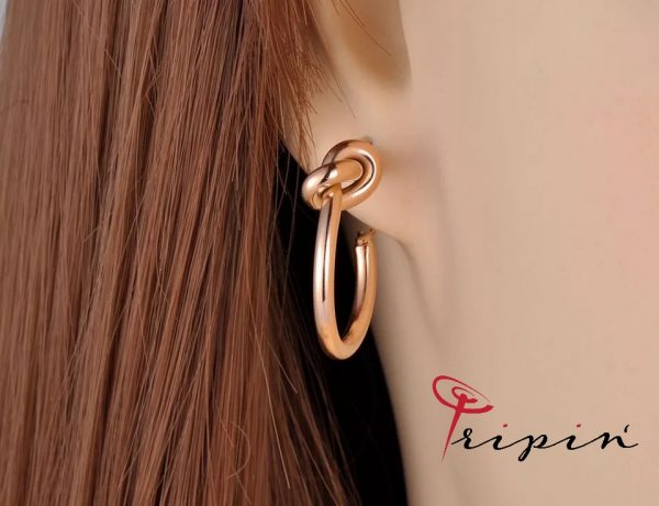 Обеци от неръждаема стомана Tripin' Trendy spotlight – Knotted hoops. снимка 6